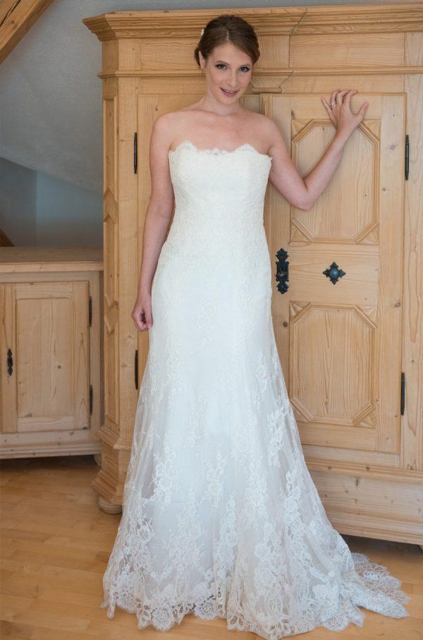 Augusta Jones sale wedding dress, Isla