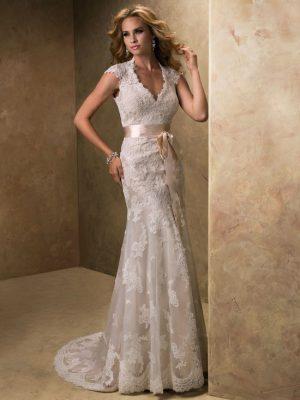 Maggie Sottero sale wedding dress, Lindsey