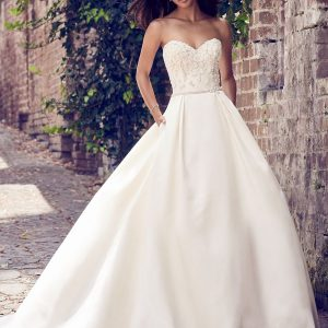 Maggie Sottero sale wedding dress, Giselle