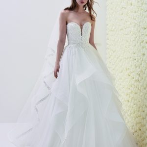 Pronovias sale wedding dress, Eliseo