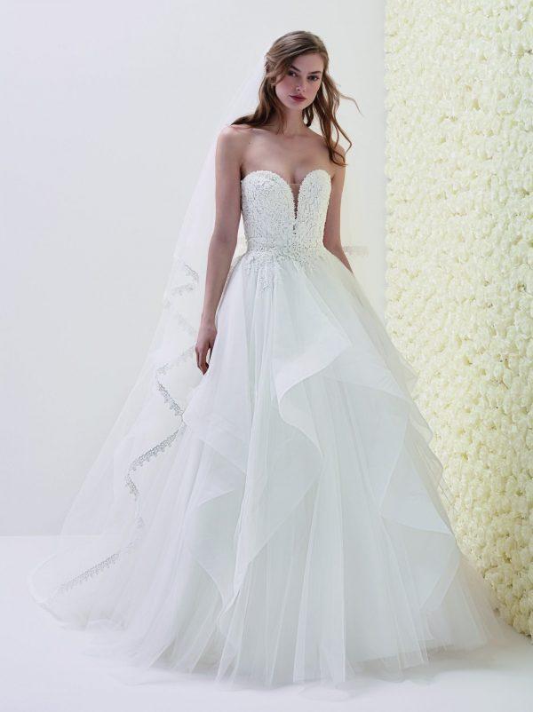 Pronovias sale wedding dress, Eliseo