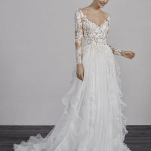 Pronovias sale wedding gown, Essien