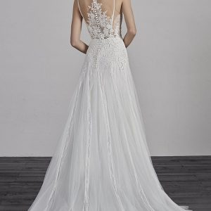 Pronovias sale wedding dress, Estepa