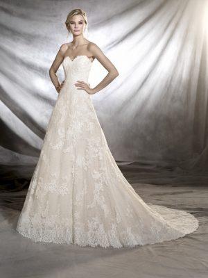 Pronovias sale wedding dress, Onia