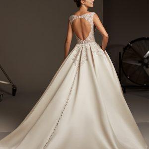 Pronovias sale wedding gown, Polaris