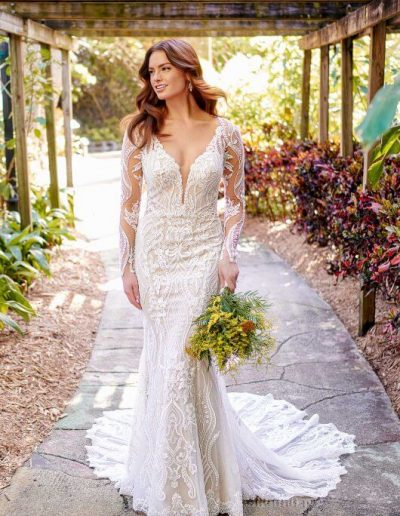 Essense of Australia bridal gown, D3150