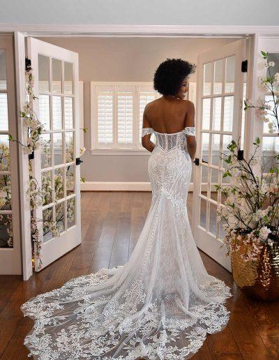 Essense of Australia bridal gown, D3308